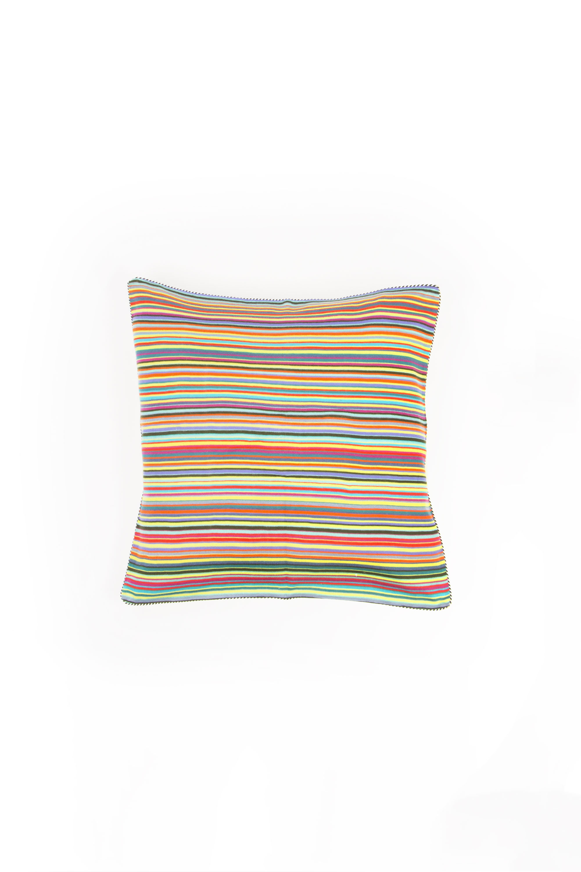Small Knitted cushion Solo